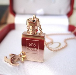 Titanium 316l ch quality limited edition no . 5 perfume bottle rose gold necklace accessories(China (Mainland))