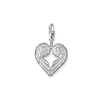 925 Silver Pendant presents is a pair of angel wings, the wings together from a heart ...