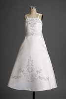 Lovely White Satin Spaghetti Straps Applique A-line Floor Length Gown girls dresses clothing