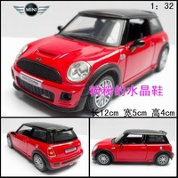 Acoustooptical alloy WARRIOR mini artificial car model toy car red