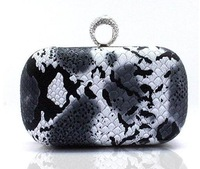 Вечерняя сумка Colorful Ladies' Skull Clutch Knuckle Rings Handbag, Four Fingers Evening Bag punk wallet/purses With shoulder chain HOT A03917