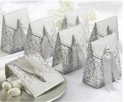 Wholesale - 100pcs Ribbon Wedding Favor Candy Boxes Silver Wedding Party Gift Box 2 Colors(China (Mainland))
