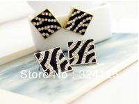 Free shipping 50pair wholesale square glaze flash crystal zebra grain black oil dripping fashion stud earrings
