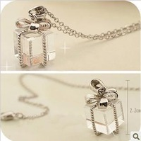 Колье-цепь Mini Order$15 Big crown pearl necklace hollow out set auger female sweater chain crown necklace UN106