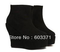 The perfect curve thick crust wedge heel and the bare boots high-heeled shoes