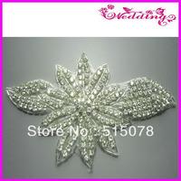 2013 Fashion rhinestone applique for wedding dress