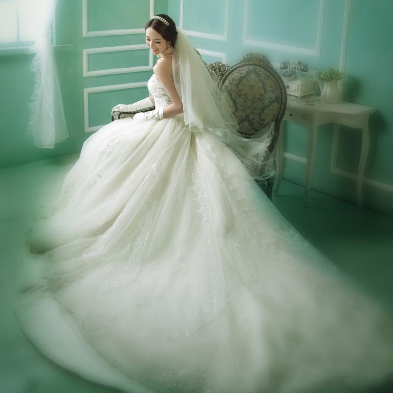Fashion princess wedding dress lace tube top royal luxury train(China (Mainland))