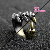Free Shipping,New arrived Wholesale men's jewelry gothic The talons of the forces of evil skull18MM ring ,fasion jewelry,2915