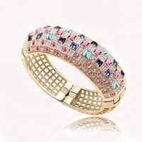 christmas sale Wholesale 18k Gold Plated rhinestone Austrian Crystal Bracelet Bangle fashionl jewelry s028b