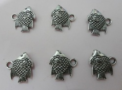Name lucky cat diy men and women accessories name chain tibetan silver dollarfish pendant(China (Mainland))
