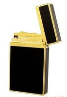 New in box S.T. Dupont Ligne Lighter & Gold Black Laquer & D