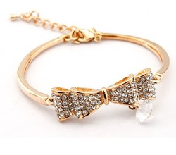 2013 Valentine's Day Gifts ,Promotion Romantic Love18K Plated Luxury Bow Bracelet Bangle SIlver/Gold Austrian Crystal Jewelry(China (Mainland))
