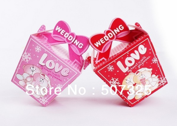 100pcs/Lot, FREE Shippng! Fashion Copper Paper Bear LOVE Marriage Wedding Favor Candy Boxes, 2 Sizes, Red/Pink Wholesale Price(China (Mainland))