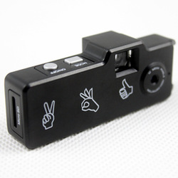 Hd720p mini micro camera hd mini dv small digital camera belt q6(China (Mainland))