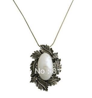 ***No Minimum Order*** 10PCS/Lot Free Shipping, JA171 Noble Bronze Necklace, Leaves Rimmed Imitation Gemstone Pendant Necklace
