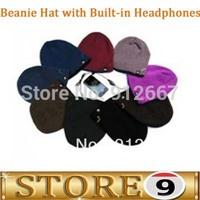 Beanie Hat with Built-in Headphones (Black/Green)