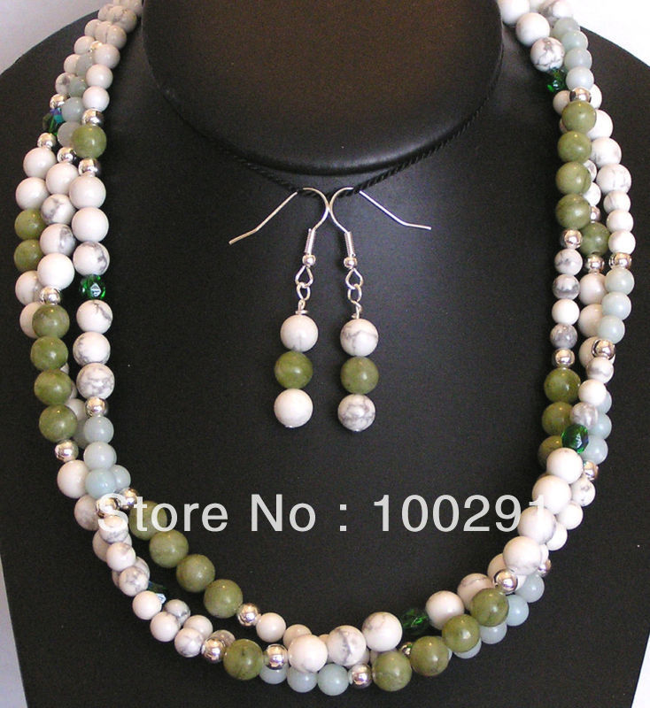 Trendy In 2013 .All varity Of The Ncklace Made Of (pearl+semistone+shell+jade+metal+many materails) FREE SHIPPING(China (Mainland))