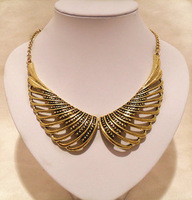 Min.order is $15 (mix order) fashion vintage accessories cutout wings gold color female necklace DZ1307
