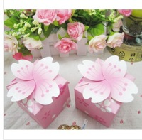 2014 Hot Sale Free Shipping Wholesale New 100PCS Individuality Floral Wedding Packing Box Cherry Blossom Wedding Candy Boxes
