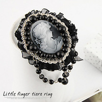 <Min.order $15,can mix models> 1539 small exquisite vintage head portrait beaded pearl lace Women fashion brooch badge medal