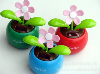 Novelty Toys Car Flap Flip Solar Powered Flower Flowerpot  Dancing Toy Ornaments 5 pieces a lot
