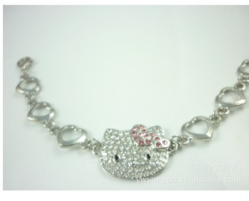 2013 New arrival Wholesale Peach peach Hello even Kitty alloy created Diamond Bracelet Bangle
