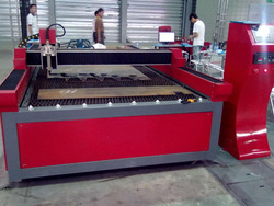 2013 New and Multi-function plasma cutting machine cnc router ITM1325(China (Mainland))