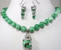 Green jade jewelry 10 mm 17 + dragon pendant earrings set