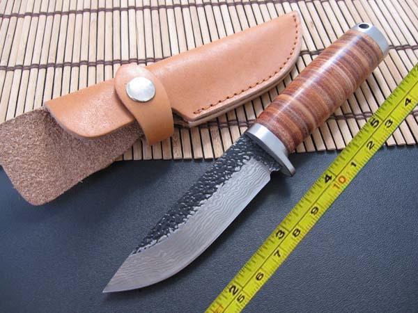 Damasco fatto a mano in acciaio forgiato tagliente fisso coltello da