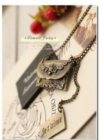 Vintage royal carved ancient bronze envelope long necklace wholesale accessories
