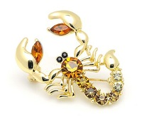 High Quality!Free Shipping!Decorative Rhinestone Garment Jewelry Brooch Pin Bridal Wedding Crystal Animal Scorpion Brooch Pin