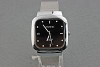 Наручные часы Men's watch with Diamond black PU Analog Quartz Wrist Watch