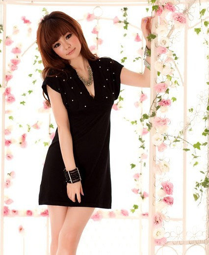 2012 Luxury Pearl Decoration Deep V-Neck High Waist Black Knitted Dress W445(China (Mainland))