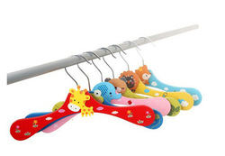 wholesale Animal Clothes Hanger Baby cartoon Wooden children tree coat hanger kids 6 Designs 12pcs/lot(China (Mainland))