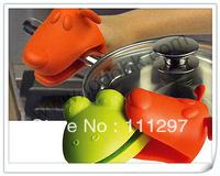 Dog/Doggie Design Pliable Silicone Pot Holder Silicone Glove Oven Mitt Free Shipping