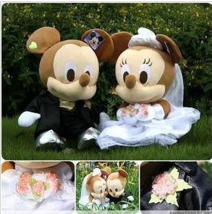 Free Shipping Cartoon car bandwagon jackknifed doll decoration set doll accessories MICKEY MINNIE wedding dolls a pair of