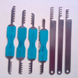 7pcs Comb Pick Lock Tools Locksmith tool for House Lock [ 7pcs/set, Free Shipping ](China (Mainland))