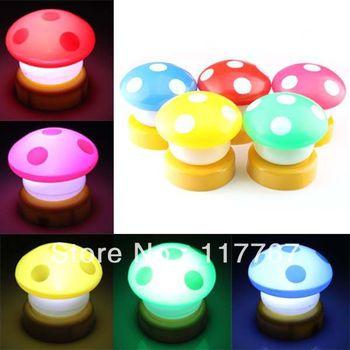 New Charms Fashion Mini Warm Mushroom Clap Small Night Light Berth Lamp 630007