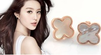 High Quality Classic Four Clovers Stud Earrings White Shell Rose Gold Plated Titanium Steel Jewelry