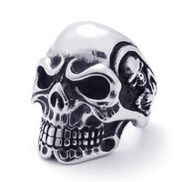 Free shipping hot selling Stainless Steel Cocktail Party finger skull scull Ring for man boy guy punk