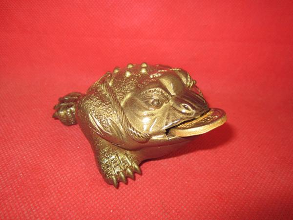 tea pet w90e golden Spittor absorb treasure money Fengshui Symbol of good luck home supplies(China (Mainland))