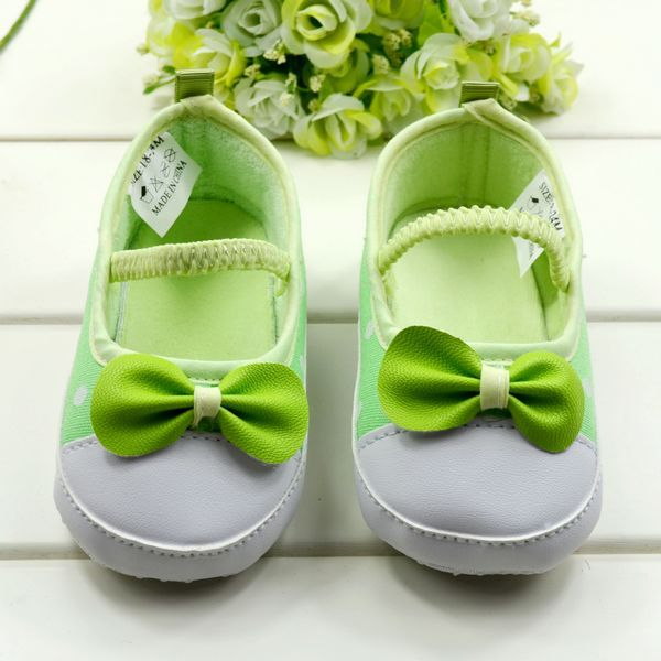 High Quality Green leaf Warm First walkers, Baby shoes,Infant shoes,prewalk shoes,Gift for your baby,6 pairs/lot,Free shipping(China (Mainland))