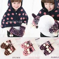 Free shipping Winter baby the essential little snowflake furballs girls warm gloves / children's gloves baby gloves