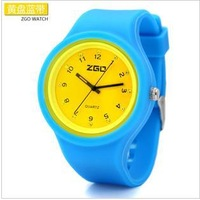 Free shipping ZGO Rhinestones retro matte jelly form large dial sports and leisure watch watch expression silicone gel W00002