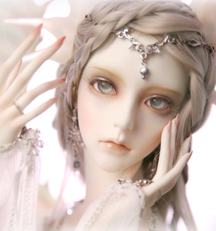 http://i01.i.aliimg.com/wsphoto/v0/734734437/SD-soom-Nephelin-Sacred-Vow-the-Bailong-sister-bjd-sd-doll-Korea-bjd-free-shipping.jpg