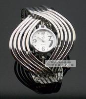 Modern lady quartz watch personality trend of watches fashion ladies watch bracelet watch fashion table Free shipping