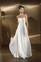 Flower Embellished Bridal Dress Off-shoulder Chiffon Wedding Dress