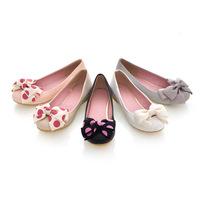 2013 new spring flats for women fashion casual shoes Cute women shoe beautiful flowers round toe flats high quality comfortable
