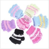 Coral fleece thick gloves      children's cartoon candy color lovely warm gloves