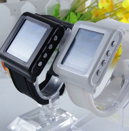 AK812 Watch Phone New Tri-band GSM MP3 Bluetooth Wirst Watch cellphone1.44 inch 65K color touch screen wacth mobile phone(China (Mainland))